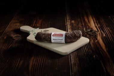 Bärlauchwurst Rindfleisch Schweinefleisch Wurst Trockenwurst Rohwurst Trockenfleisch Fleischtrockenerei Sialm Segnas Disentis Graubünden Tradition Spezialität