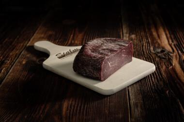 Rindtrockenfleisch II Rindfleisch Trockenfleisch Fleischtrockenerei Sialm Segnas Disentis Graubünden Tradition Spezialität