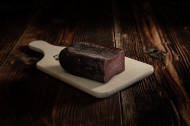 Bündnerfleisch NATURAL Rindtrockenfleisch Trockenfleisch Rindfleisch Fleischtrockenerei Sialm Segnas Disentis Graubünden Tradition Spezialität ohne E-Nummer ohne Zusatzstoffe